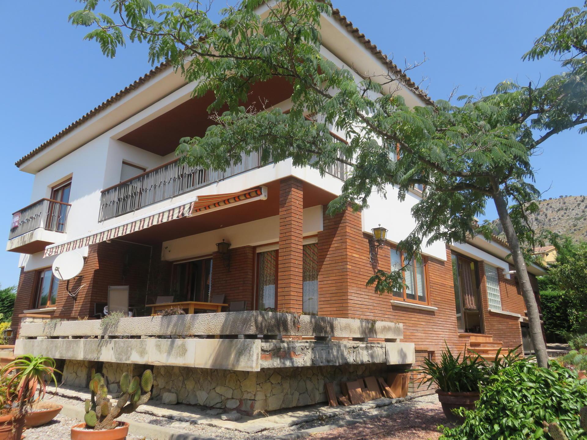 Maison -                               Torroella De Montgrí -                               5 chambres -                               0 occupants